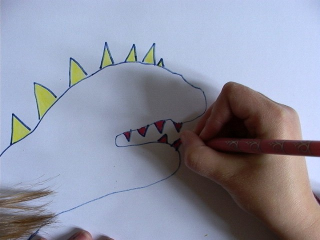dinosaur-drawing03-source_ubg.jpg