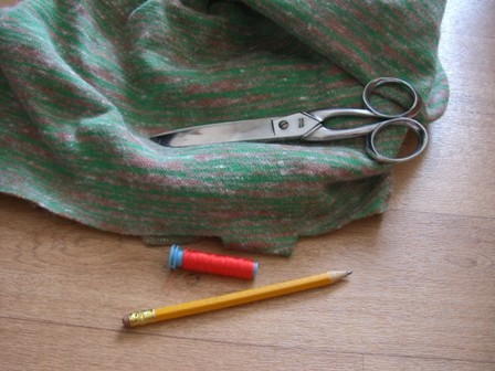 Make a poncho for your Doll