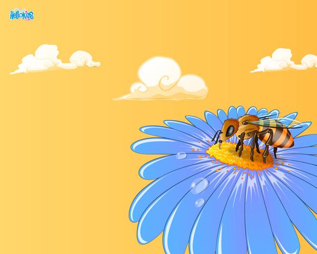 Pollenating Bee